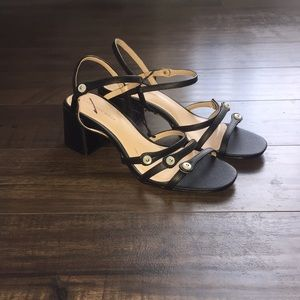 Who What Wear Block Heeled Sandals Size 8